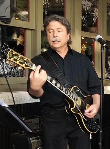 Pat Hurley guitar solo - Muldoons